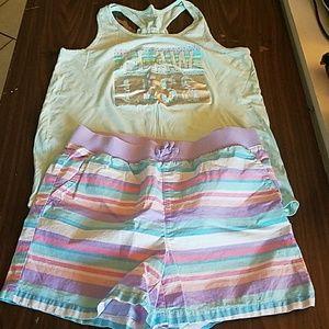 Tee & shorts